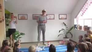 Uvodno predavanje prof. dr. kapitana Morskužka (Foto: Knjižnica Ljutomer)